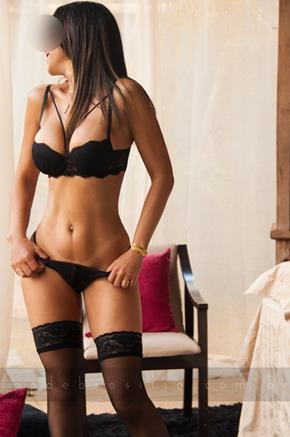 Larissa Acompanhantes Brasilia :: (61) 99619-3994